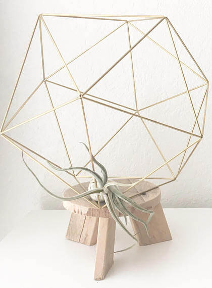 Check out this Artsy Etsy Gift Guide, including this DIY Kit and Pattern: Geometric Icosahedron Himmeli from CalculatedCrafts